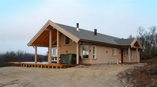 Bilde av en nybygget hytte