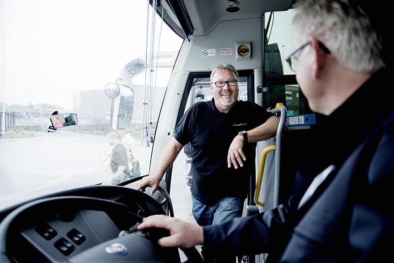 Dan-Egil i buss
