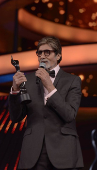 Amitabh Bachchan | The Best Dressed Actors Of Bollywood