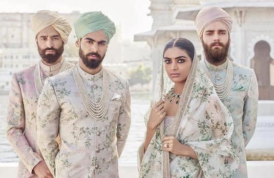 Indian Summer Weddings | Flirty Florals Celeb 2