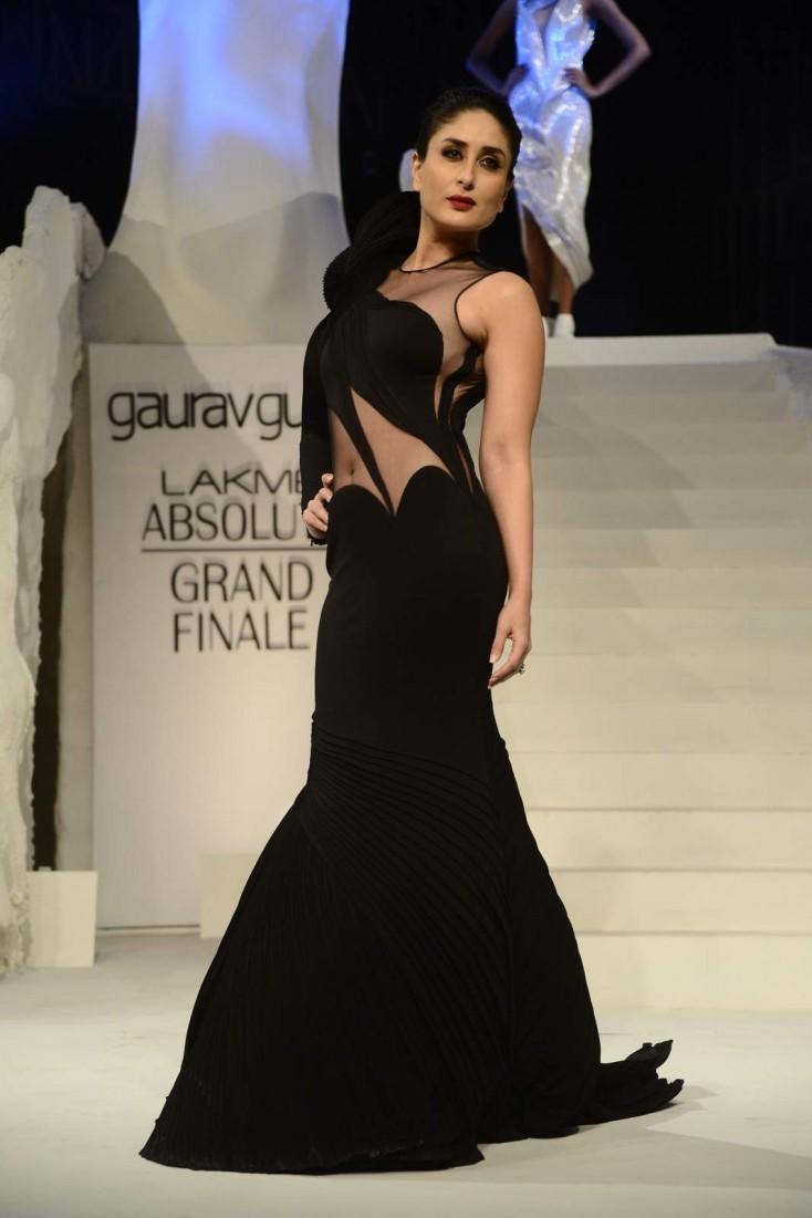 Style Evolution of Kareena Kapoor - Pre and Post Pregnancy - Kareena Kapoor on the Ramp