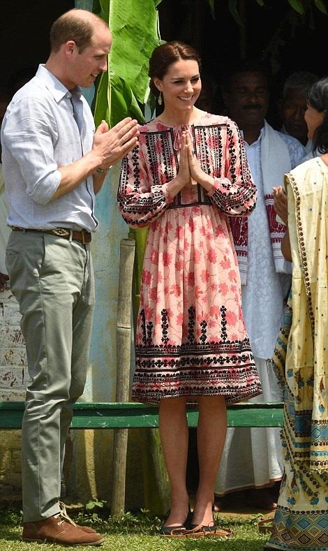 Topshop Smock Dress | Kate Middleton's Royal Tour of India in Dresses