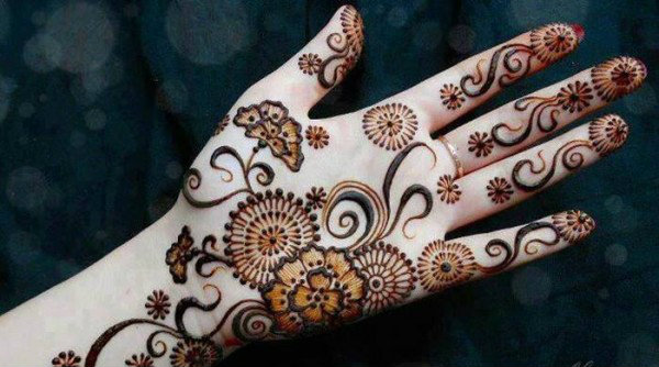 get inspired by these six stunning mehendi designs that we love mehendi patterns. Black Bedroom Furniture Sets. Home Design Ideas