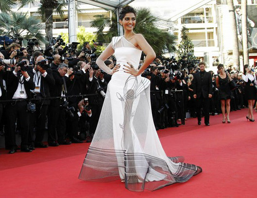 Red Carpet Look | Our Favourite Bollywood Celebrity Dresses of Recent Times