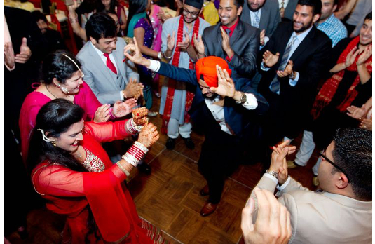 The crazy dancer at Indian wedding I 6 Types of People You Always Find At An Indian Wedding