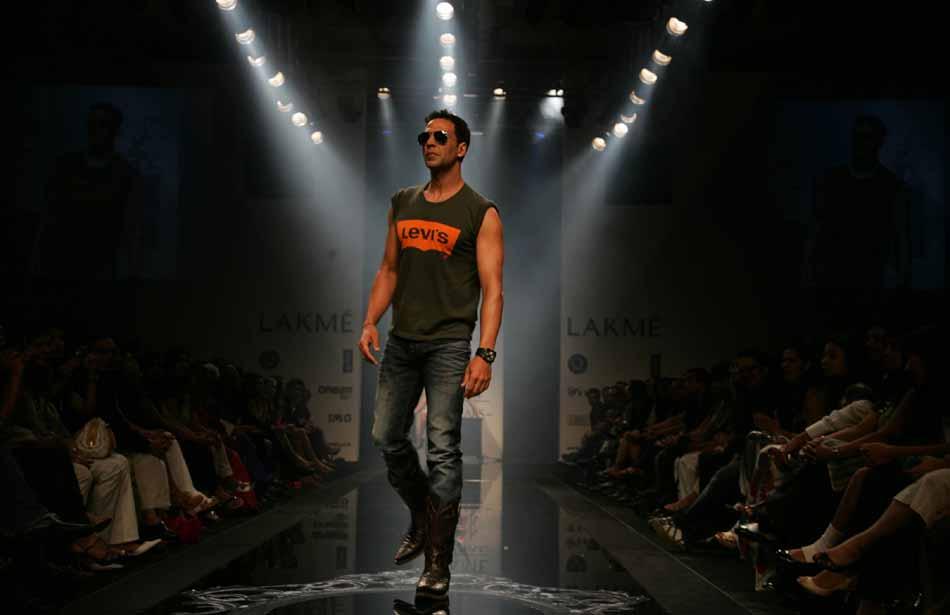 Akshay Kumar | Lakme Fashion Week Trivia
