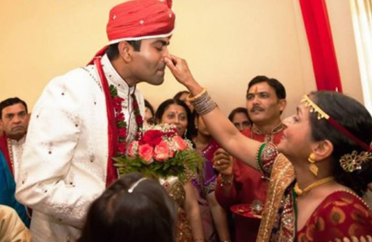 Controlling the Groom   Spectacular Indian Wedding Traditi