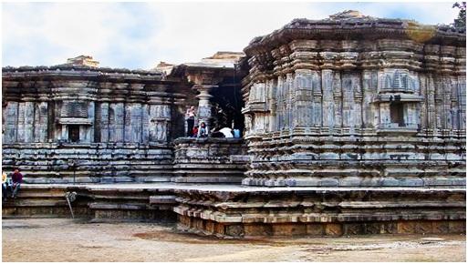 Telangana Places to Visit - Thousand Pillar Temple
