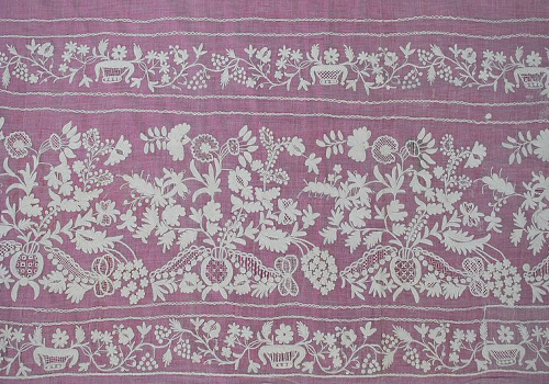 Aari embroidery lace effect