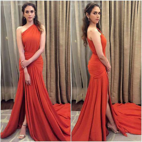 347833bcd90da2 Top 10 Long Evening Dresses Worn By Bollywood Actresses in 2016 ...