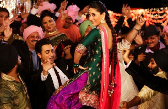 The fashionista at Indian weddings I 6 Types of People You Always Find At An Indian Wedding