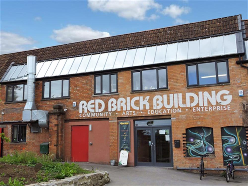 Red brick building for Brick house construction