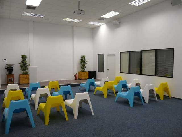 Sala de conferencias y reuniones