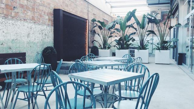 Sala de convenciones + terraza