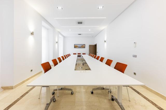 Atocha - Estación AVE / Sala de reuniones y aula de formación Kursaal