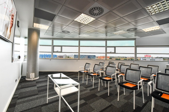 Sala de formación o reunión en Castelldefels (cerca del aeropuerto Prat Llobregat)