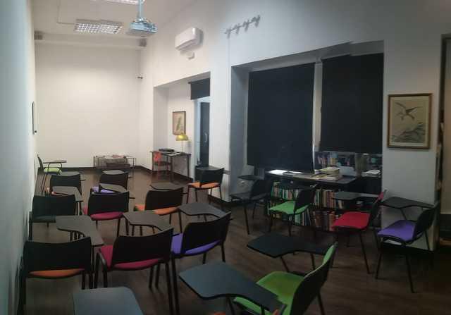 Aula de formación y oficina