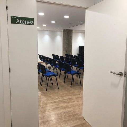Salón Atenea - En el centro de Barcelona