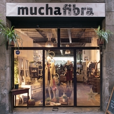 Mediaboxes muchafibra taller co working alquiler maquina coser