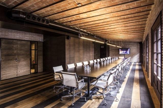 Sala de Reuniones exclusiva en portal del Ángel