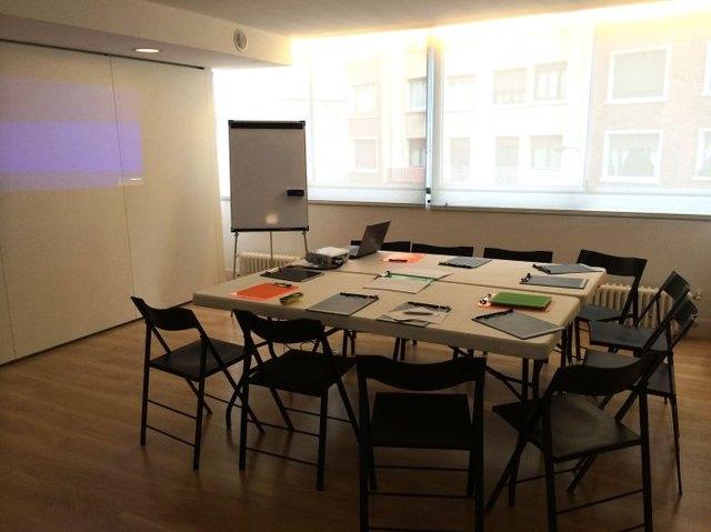 Zutik 1 Sala para cursos, reuniones, charlas, talleres...
