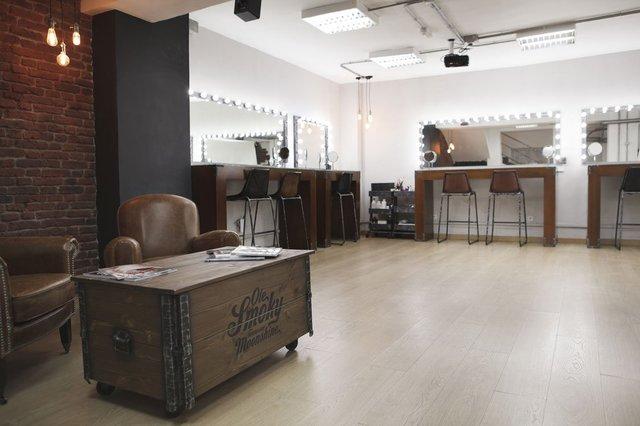 Espacio Industrial para cursos de maquillaje