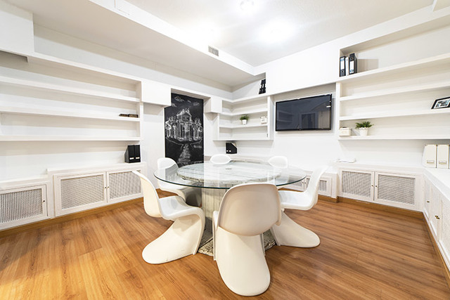 Sala de reuniones WHITE