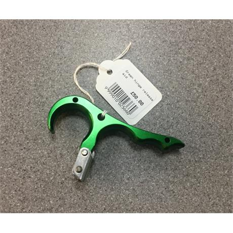 Green hinge release aid Image 1