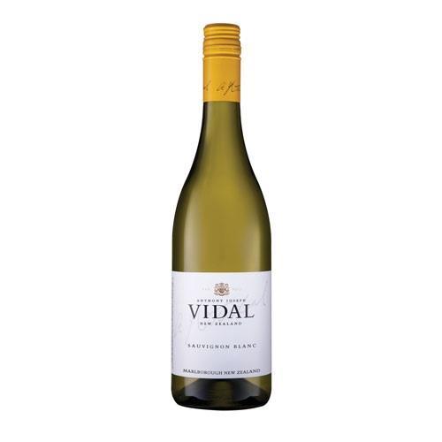 Vidal Sauvignon Blanc 2019 75cl Image 1