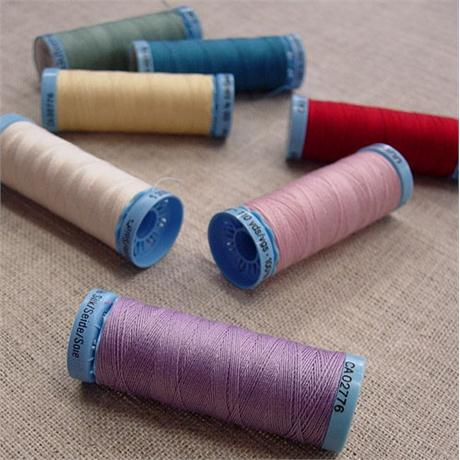 Gutermann Silk Thread Image 1