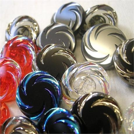 Glass Swirl Button Sz28 Image 1