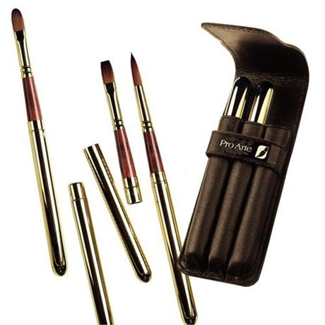 Pro Arte Series R Retractable Prolene Plus Brushes - Set of 3 Image 1