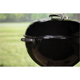 Weber Original Kettle E-5710 Charcoal Grill (57cm) Thumbnail Image 4