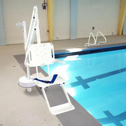 Splash Pool-side Hoist image