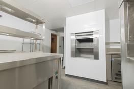 Niche dumbwaiter lift - Niche Lifts Ltd