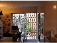 Security Blinds Retractable Gate image
