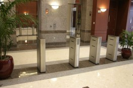 """The Fastlane Compact design is a rectangular stainless steel enclosure with the smallest footprint in the Fastlane range, while still maintaining its market leading performance.  This is the """"original"""" that helped establish Fastlane as the world's leading r..."""