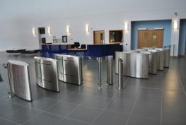 Fastlane Glasswing uses glass security barriers in conjunction with state of the art optical technology to provide a high throughput security gate. The glass security barriers are designed to work in a normally closed mode and retract inside the pedestal after...