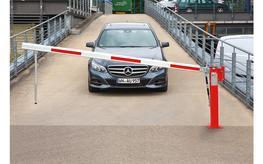 Mannus Manual barrier by Kaiser + Kraft Ltd