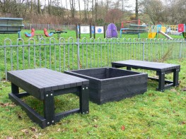 Sand Pit with 2 Seats | Recycled Plastic Bench | Outdoor Seating image