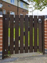 Recycled Mixed Plastic Gate | Multiple Sizes image