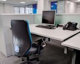 Manual Height Adjustable Desk image