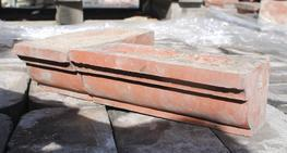 This large batch of profiled design corbelling bricks is in good reclaimed condition.    Available in both headers and stretchers, with corner bricks also available to match. (please see pictures)...