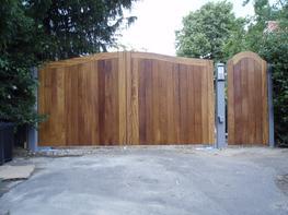WG009 - Wooden Gate image