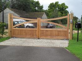WG0016 - Wooden Gate image