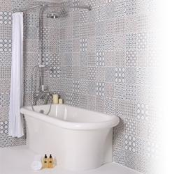 Safinor Corner Fitting Bath Tub image