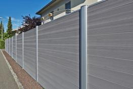 Hardwearing. Good looking. Long-lasting. Recyclable  Now tired old wooden fencing or crumbling concrete fence panels can be replaced quickly and easily with an innovative new fencing system.  Twinson composite fencing combines nature and technology to produce ...