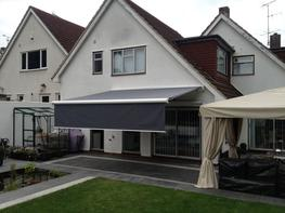 Markilux 6000 luxury patio awning image