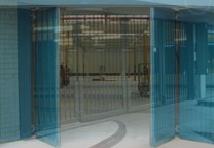 Bi-Folding Speed Gates image