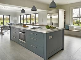 A Classic Contemporary Kitchen image